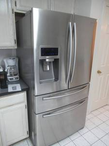 SAMSUNG REFRIGERATOR MODEL# RF4287HARS STAINLESS STEEL FRENCH DOOR, ICE MAKER AND WATER WITH FLEXZONE DRAWER 28 CUBIT FEET