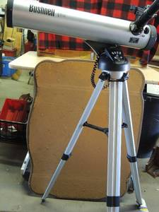 BushNell telescope  NORTH STAR  #78-AM has attached remote