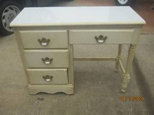 ANTIQUE 4 DRAWER DESK WITH BRASS/MARBLE PULLS 41 L X 17 W X 32 H