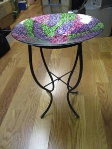 "14""-Rd. Multi Color Bird Bath / Feeder With Metal Stand"