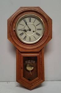 Regulator Wall-Hanging Wind-Up Clock