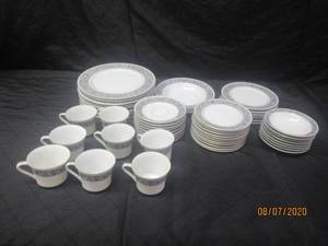 56 PIECE WYNDHAM FINE CHINA 421 CRETE JAPAN DINNERWARE  DINNER PLATES,SAUCERS,BUTTER AND BREAD PLATES,DESSERT PLATES ,SOUP BOWLS, FRUIT BOWLS