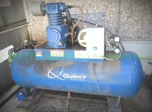 Quincy QT5 air compressor with Siemens control panel