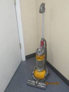DYSON DC24 TESTED AND WORK