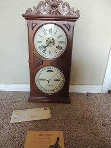 Ithaca calendar clock with original paperwork and key 266x12x5