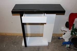 Contemporary Desk w/ Drawer