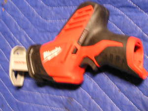 Milwaukee M12 HackZall