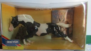 Breyer  - National Velvets Pie NEW #1198 Horse and book series LTD edition 14x6 comes with BOOK