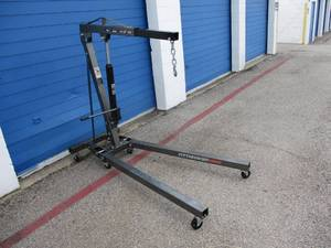Pittsburgh Heavy Duty 1-Ton Folding Shop Crane On Casters