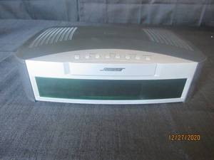 BOSE MEDIA CENTER MODEL AV3- 2-1 NO POWER CORD