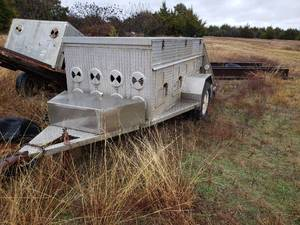 Dog Trailer: has 6 Doors and Top Storage Compartment