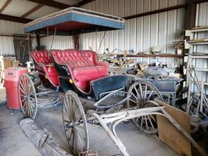 Horse Drawn Carriage built by Justin Carriage Works (Tack is in Lot 476) Prize winning Surrey with 1st place ribbon in seat.