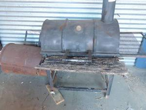 "EKCO Wood SMOKER / Grill has a side FIREBOX ,  one back wheel needs replaced, rusting wood needs replaced   72""  length 53 tall 29 deep"
