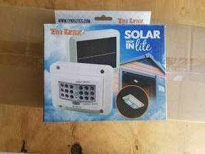 "LYNX ""SOLAR DROP-IN LITE"" 18-LED SOLAR POWERED LIGHT WITH MOTION SENSOR-#00035"