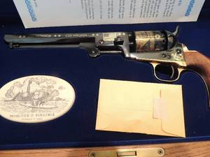 1851 Colt .36 caliper Navy percussion revolver black powder by U.S. Historical Society in presentation case with key