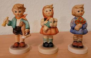 LOT OF 3 VINTAGE HUMMEL FIGURINES. [YOUR BID X 3]