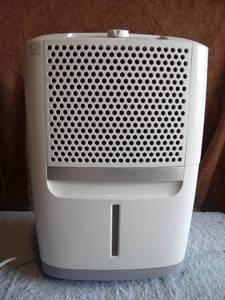 Frigidaire 30 Pint FAD301NWD Dehumidifier - WORKS PEREFECTLY $$$